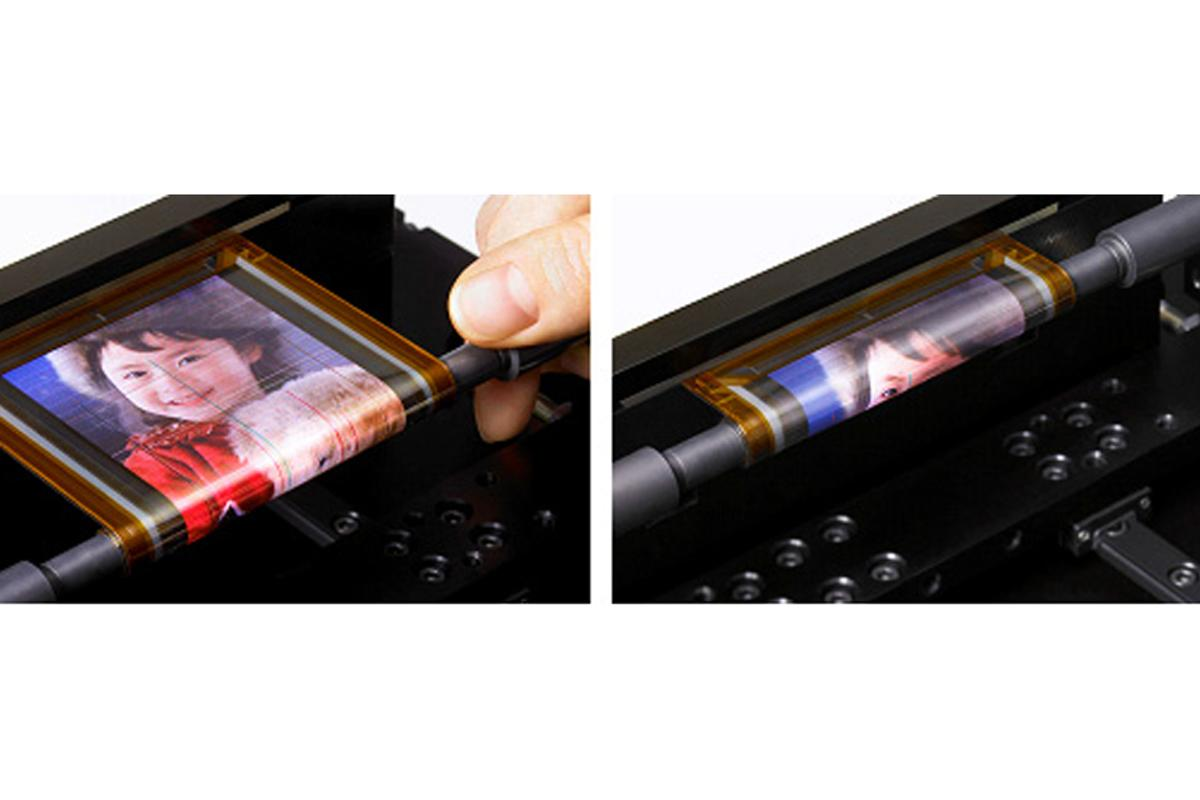 Sony's rollable OTFT-driven OLED display