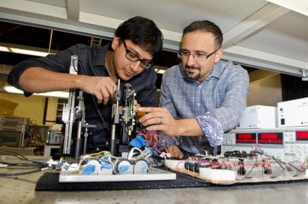 T-Ray chip creators Kaushik Sengupta and Ali Hajimiri