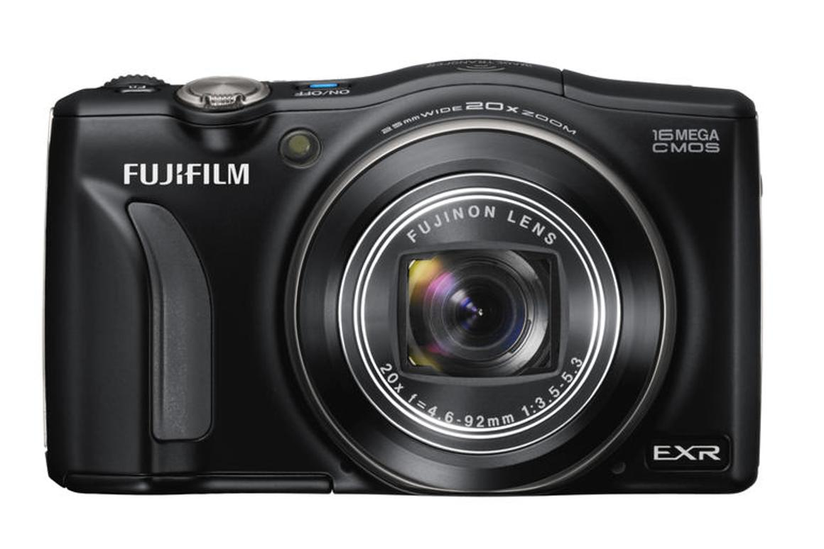 The F800EXR can be paired with iOS and Android phones or tablets via an app which allows the transfer of up to 30 images in a single transmission