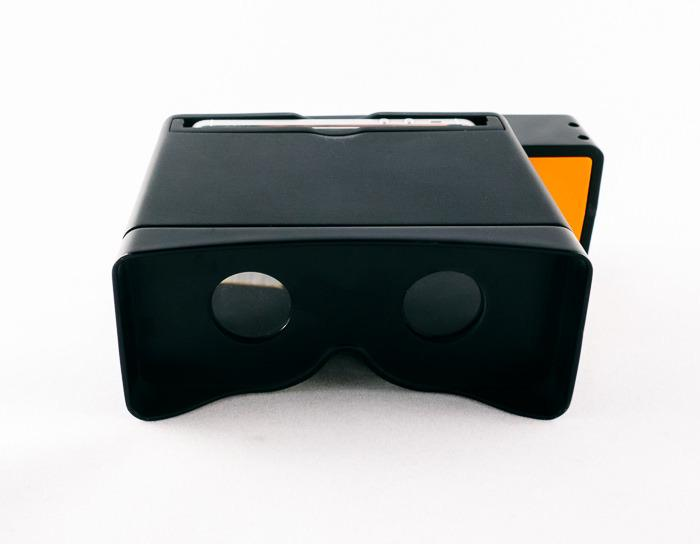 The developers, Ethan Lowry and Joe Heitzeberg, modeled their design after an old Viewmaster toy, and it functions in almost the same fashion