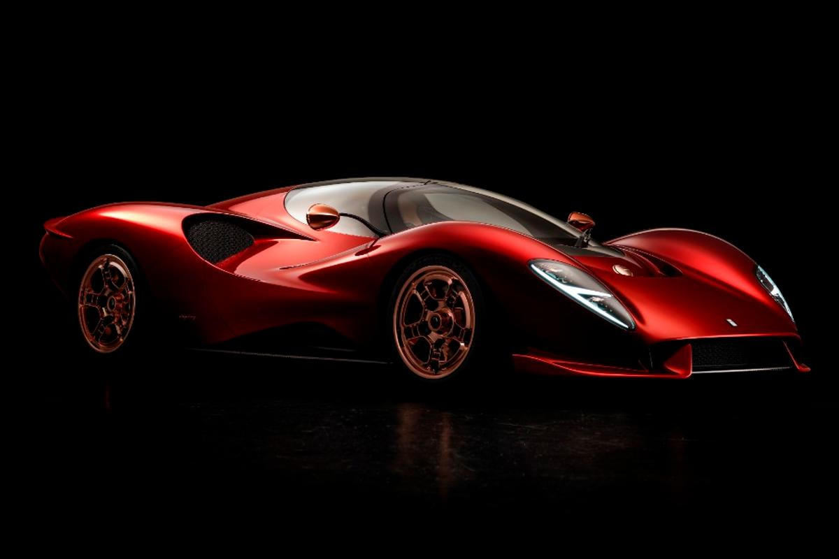 The new De Tomaso P72 may end up being more of a design feat than a technical one, but this design is superb