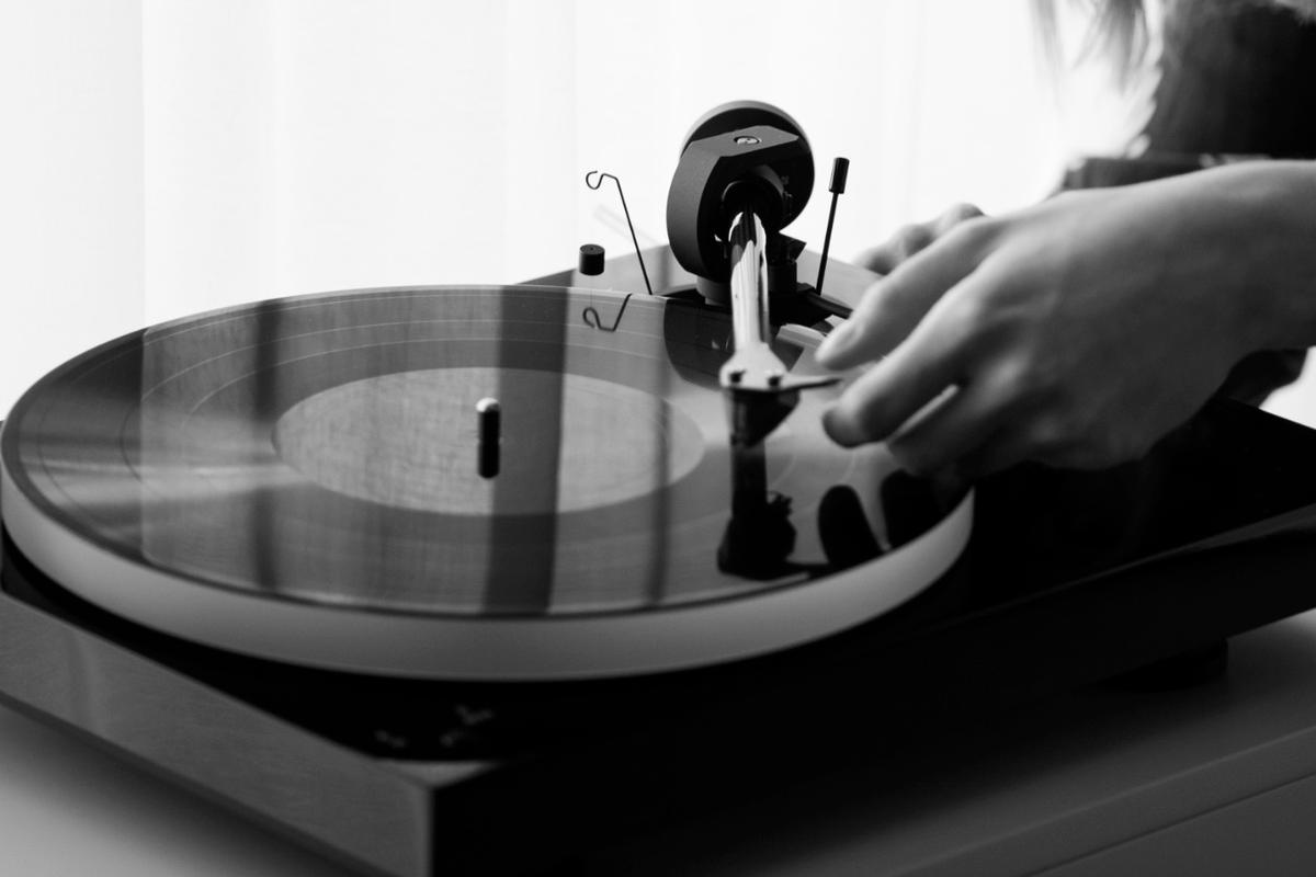 The Pro-Ject X1 turntable can be had with or without an Ortofon cartridge
