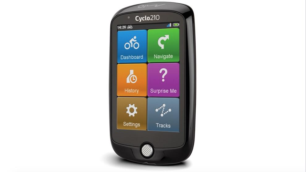 The Mio Cyclo 210 weighs 151 grams