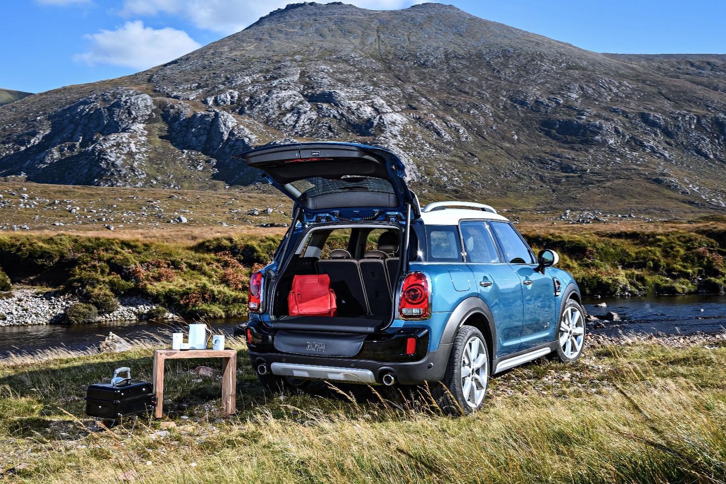 Mini wants outdoorsy buyers to look at the new Countryman