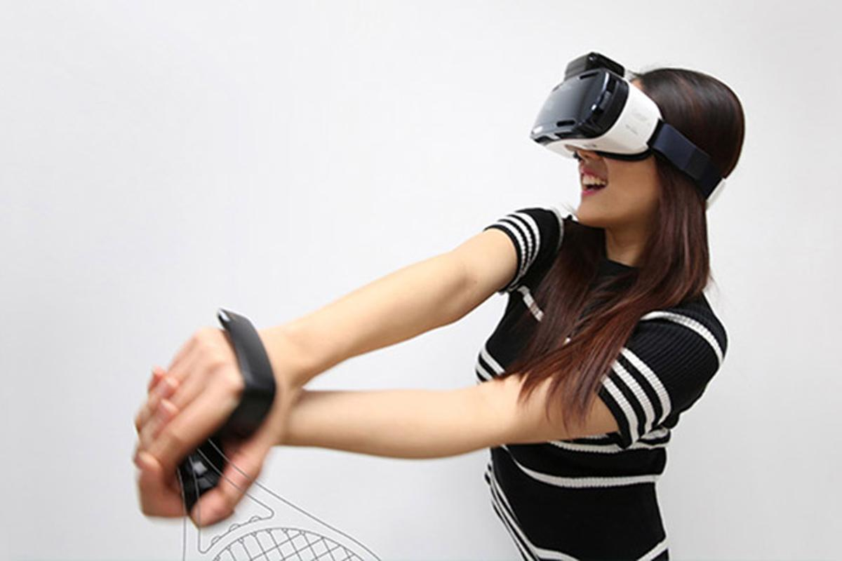 rink is a hand-motion controller for mobile VR devices