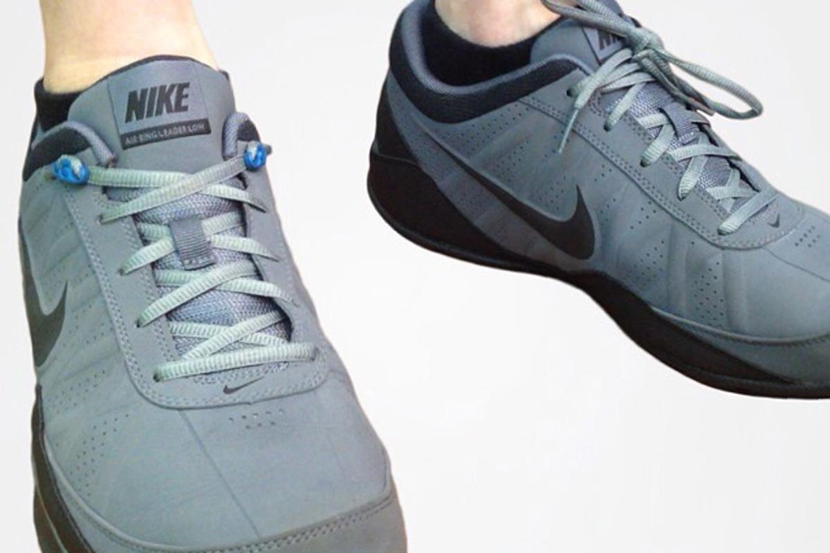 A Shnap + Laces-equipped shoe (left) alongside a regular shoe