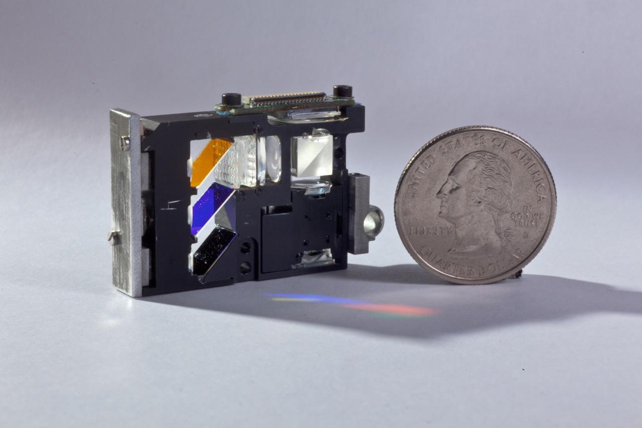 The prototype picoprojector, which incorporates the new polarizing technology (Photo: ImagineOptix Corp.)