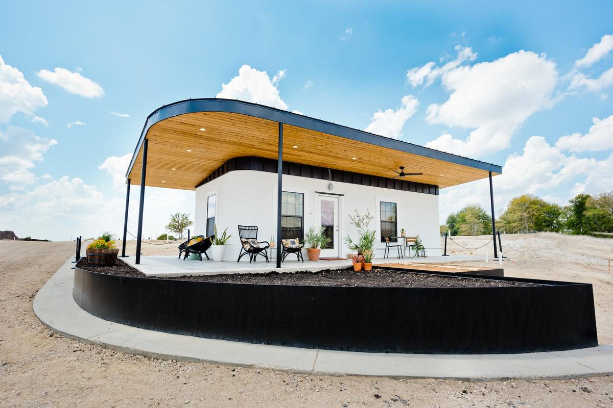 The new welcome center at the Community First! Village in Austin was 3D printed in a total of 27 hours