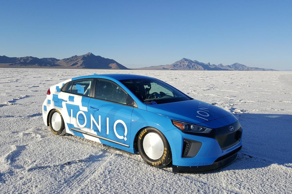 Hyundai has set a land speed record for the new production-based hybrid category in a modified Ioniq hybrid