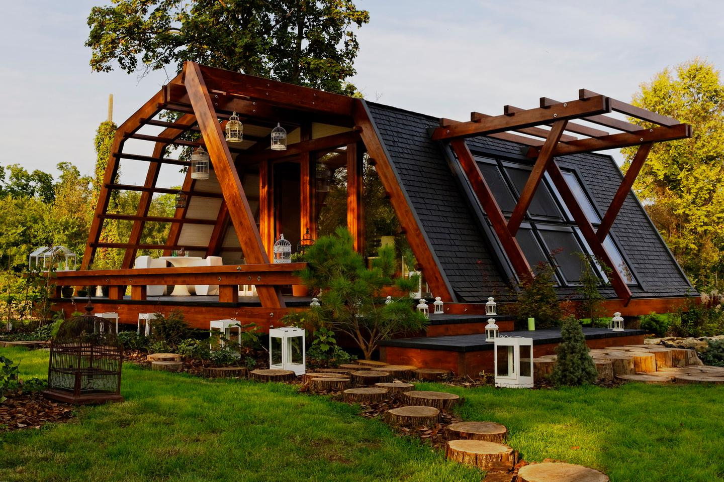 The homes were created by Romanian non-profit green-tech firm Justin Capra Foundation for Sustainable Technologies and Inventions
