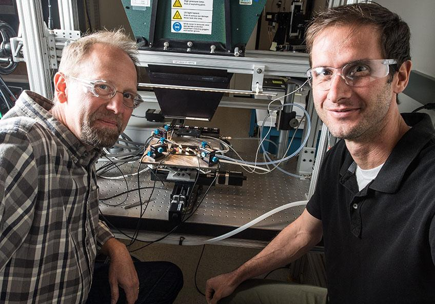 John Geisz (left) and Ryan France, researchers on the NREL study that broke the solar cell efficiency record