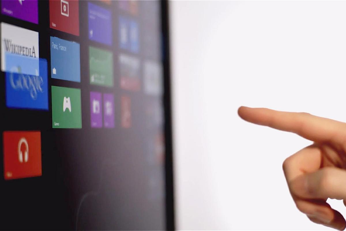 Leap Motion is building up to its July release with a new video showing its interaction with Windows