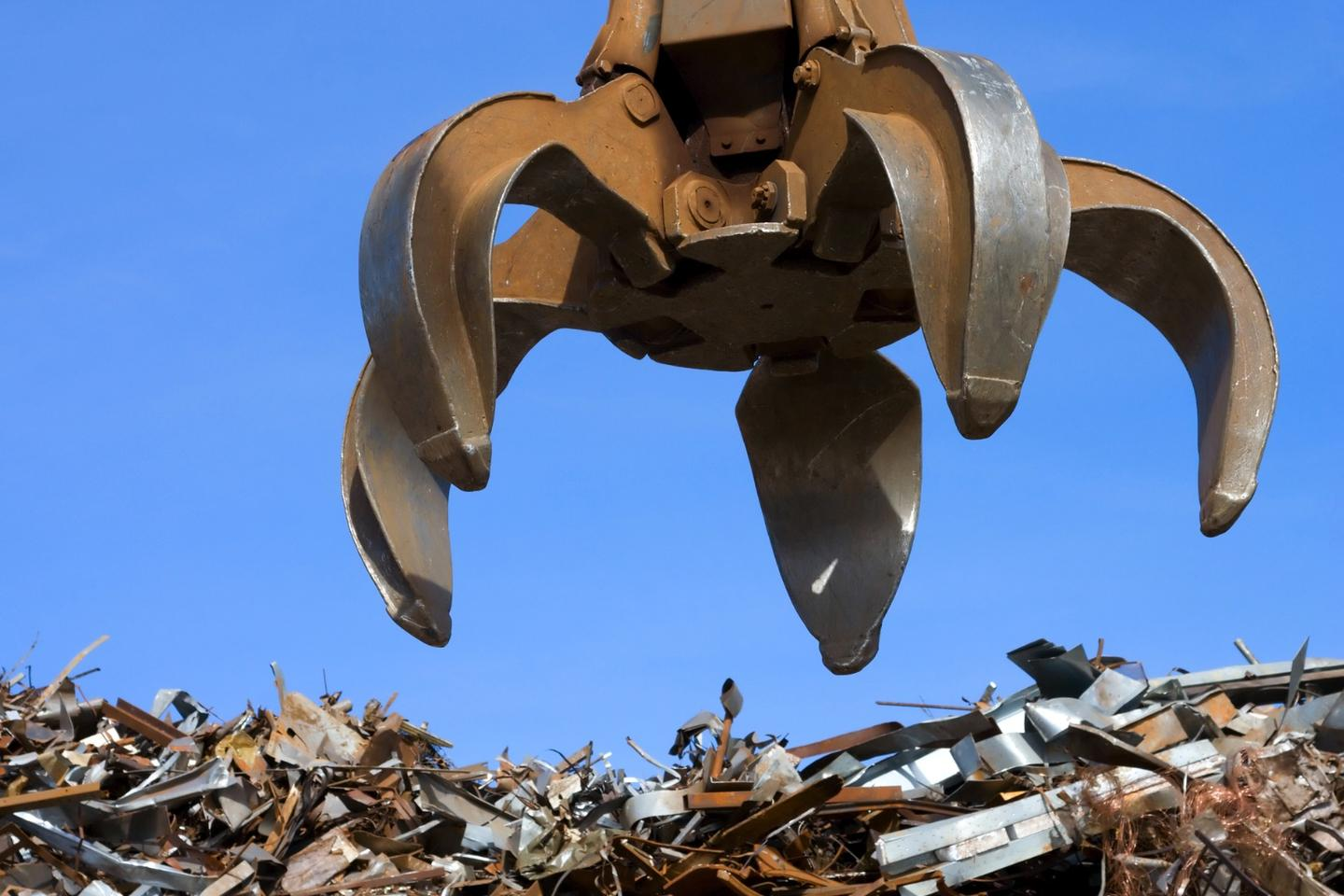 Metal from the trash heap may one daywind up inside yoursmartphone instead of the other way around