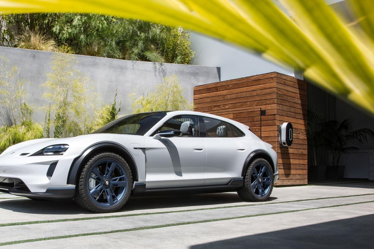 The Porsche Mission E Cross Turismo gets the productiongreen light