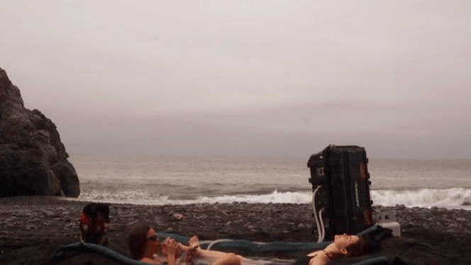 An oceanside hot tub that doesn't require a steep weekly rental
