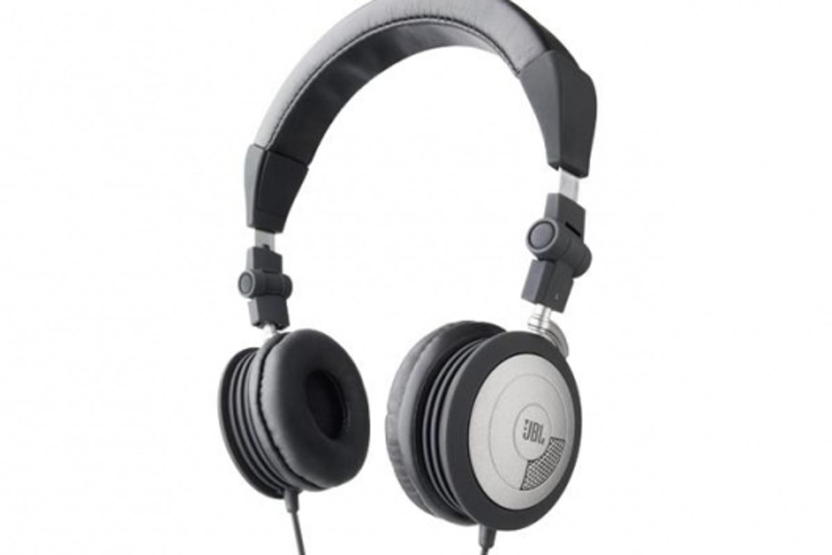 JBL's Reference 510 Noise-Cancelling Headphones