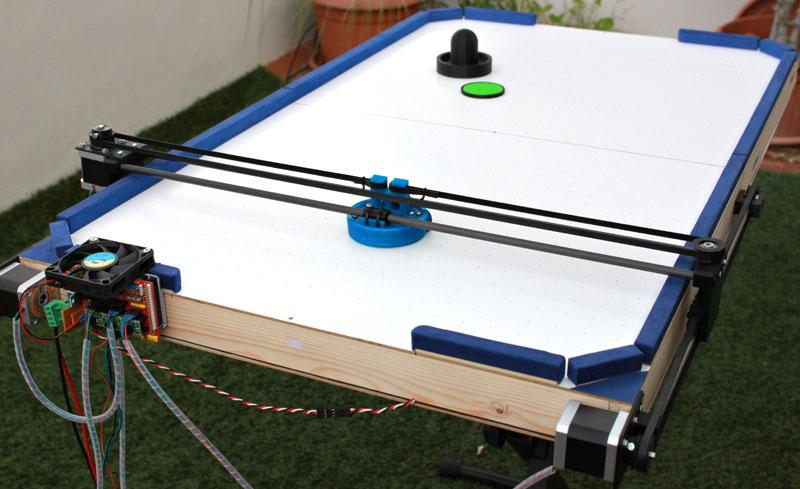 Jose Julio has created an air hockey robot