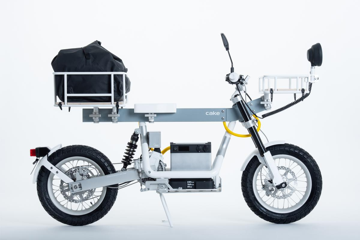 The Ösa utility e-moto can be molded into over a thousand different configurations