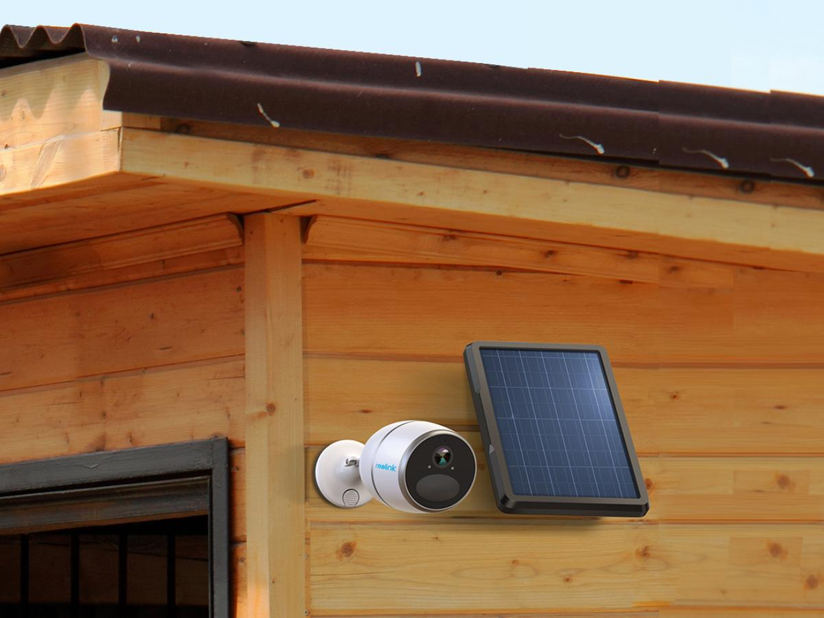The Reolink Go home security camera uses a 4G LTE mobile network rather than a home router for wireless operation, and runs on a rechargeable battery