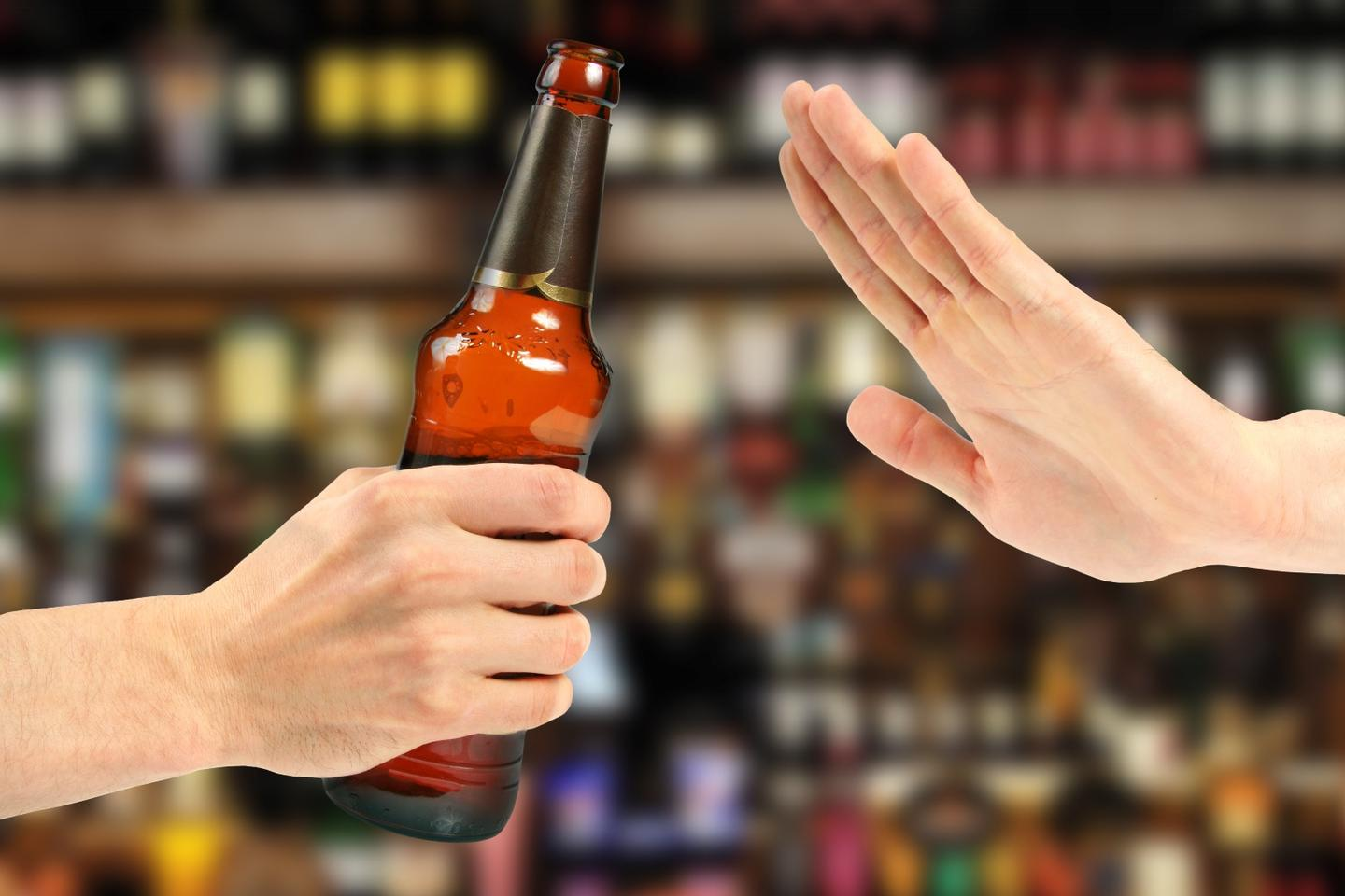 A new study has clarified the way alcohol damages DNA and potentially results in cancer