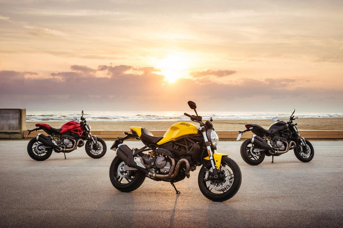 Ducati brings back the yellow color, exclusively for the 2018 Monster 821