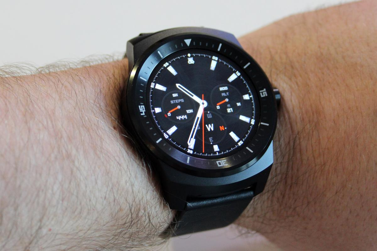 The device feels comfortable on the wrist (Photo: Chris Wood/Gizmag.com)