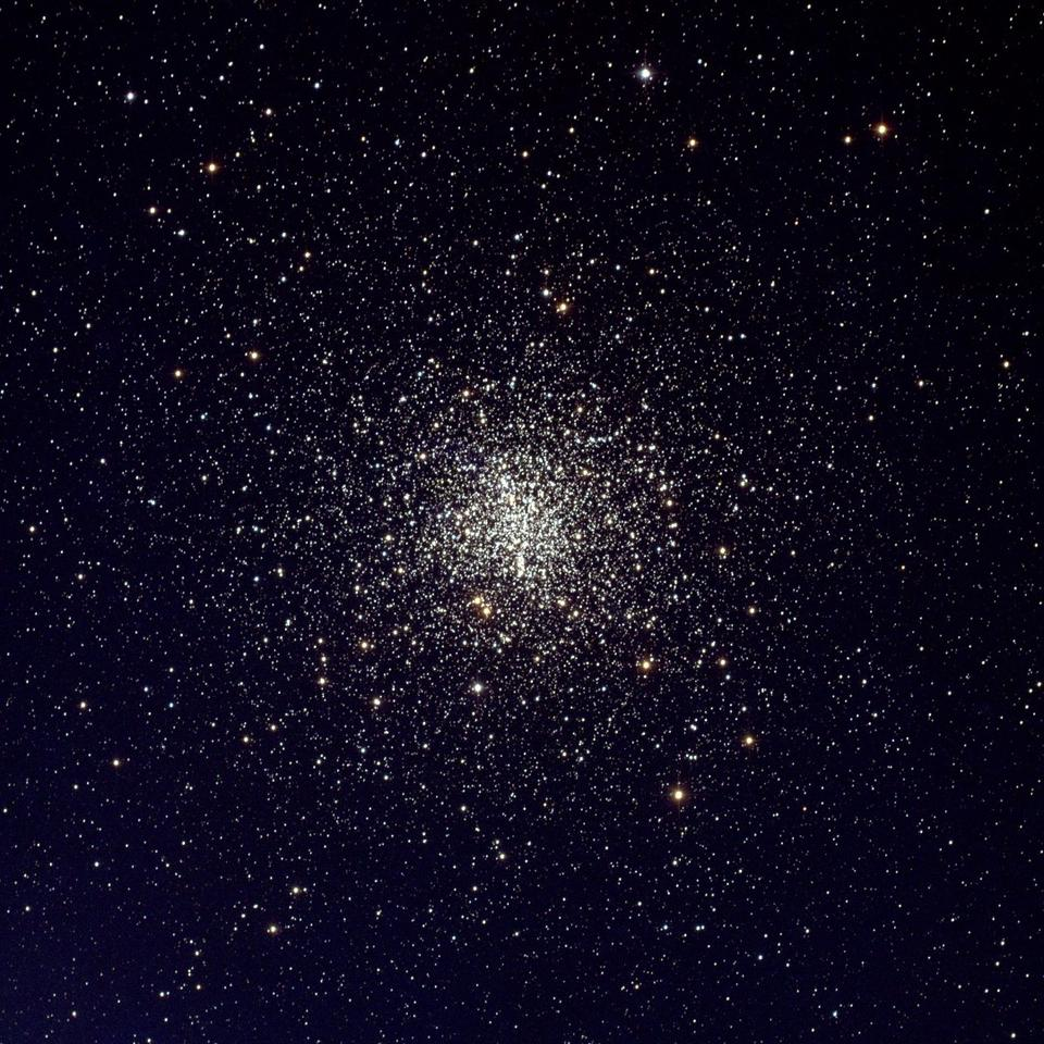 Shot of the M4 globular cluster captured  in May 2000