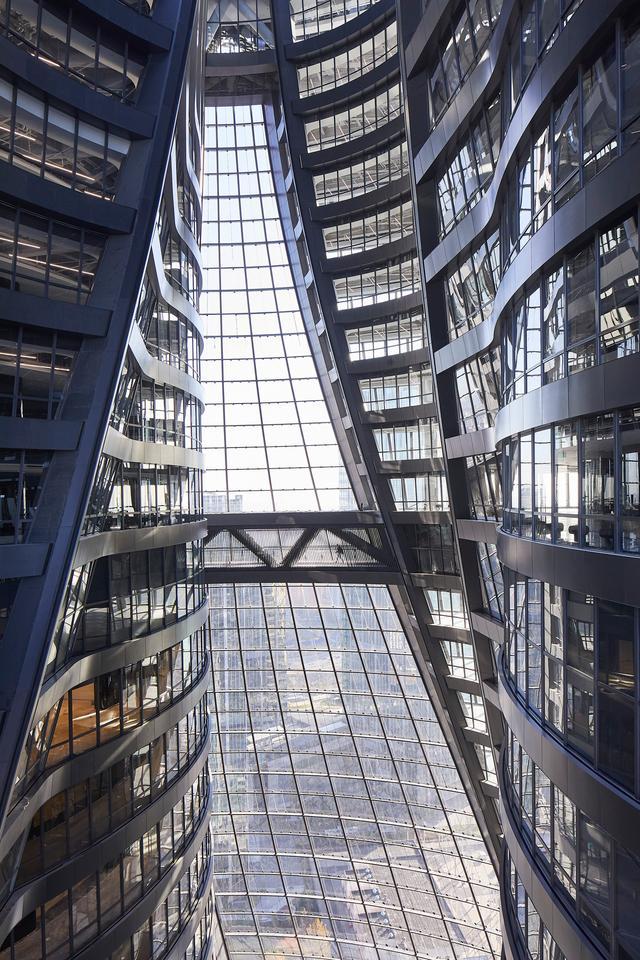 Leeza Soho's glazing ensures ample natural light inside
