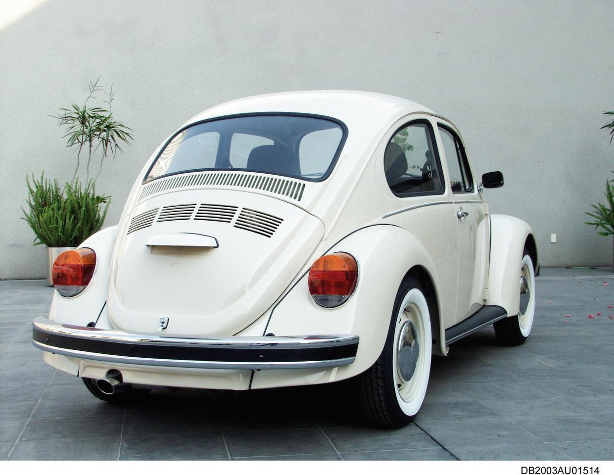 """2003: VW Beetle """"Última Edición"""";  вид сзади"""