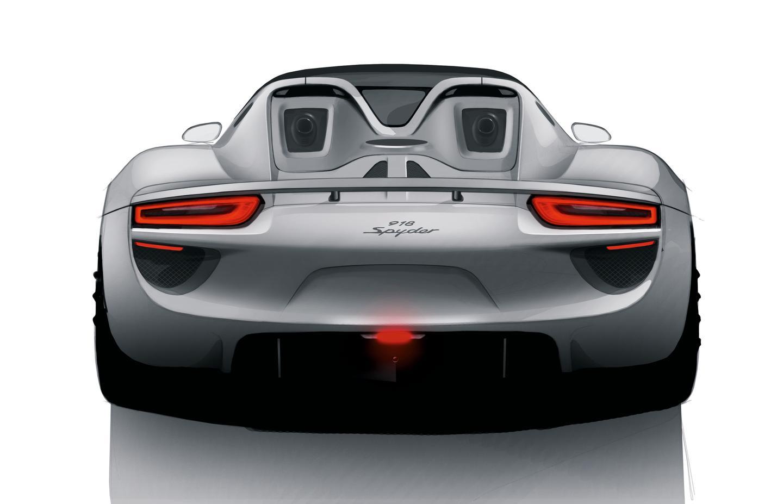 Despite its wealth of horsepower, Porsche estimates that the 918 Spyder will consume just 3.0 L/100 km