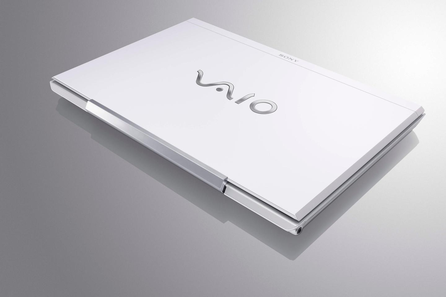 The new VAIO S series notebooks sport a magnesium housing and aluminum palmrest