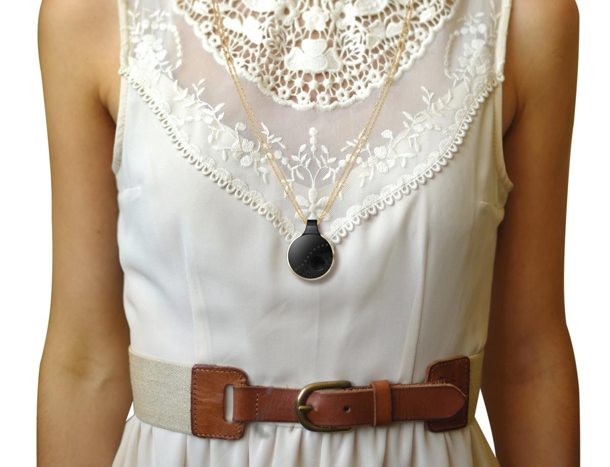 Athena can be worn around the neck, attached to the waist or can even carried inside a bag