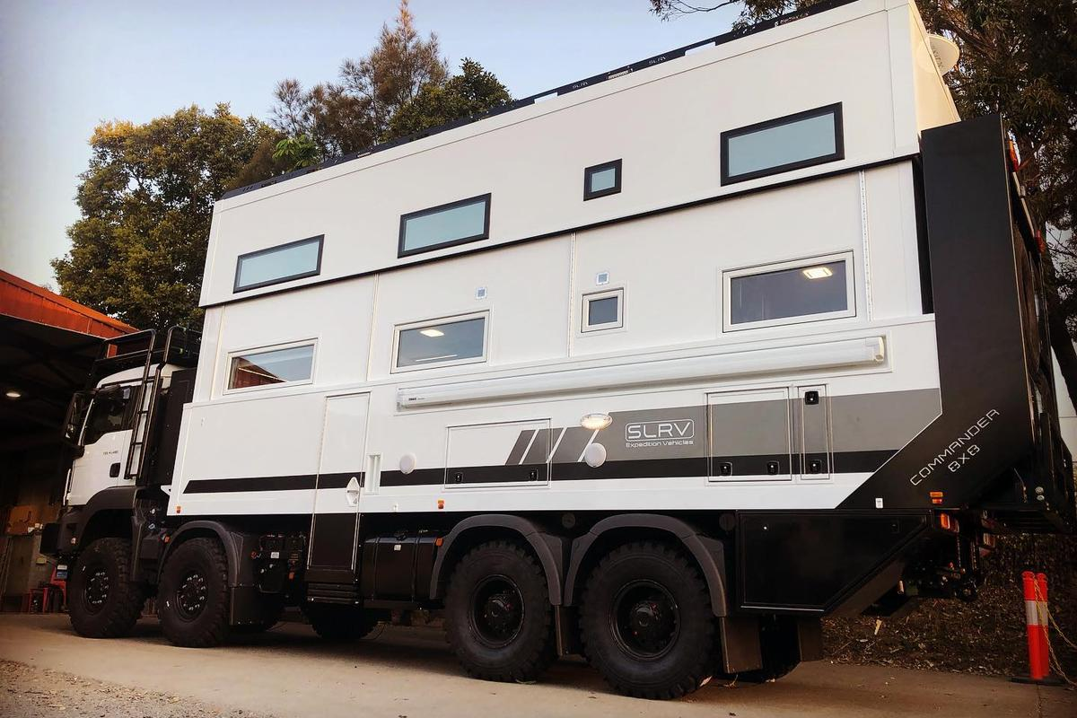 SLRV gives the Commander 8x8 the