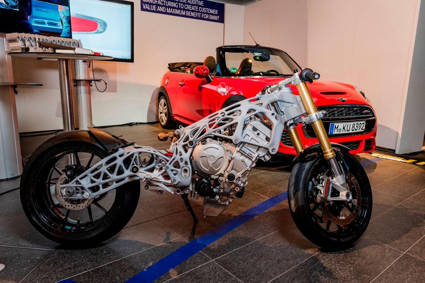 An S1000RR superbike with a 3D-printed frame and swingarm spiced up the BMW Group Digital Day 2018