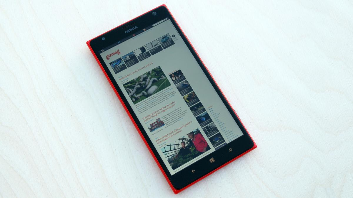 Gizmag reviews the Nokia Lumia 1520, a powerhouse phablet that runs Windows Phone 8