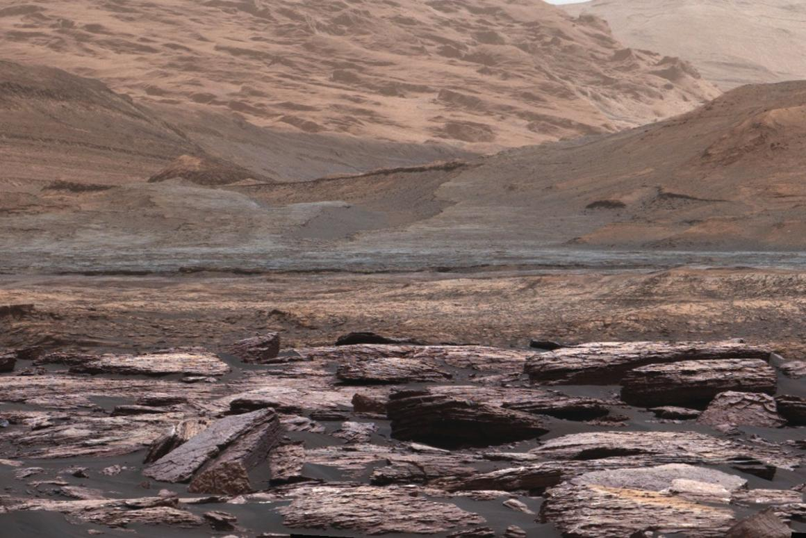 """Researchers have found """"halos"""" in Mars bedrock, indicating that potentially life-supporting groundwaterpersisted long after the lake in Gale Crater dried up"""