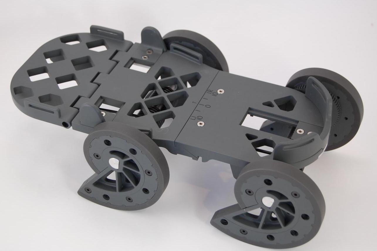 The iStride is strapped to the user's shoe like an old-fashioned roller skate, and requires no power source