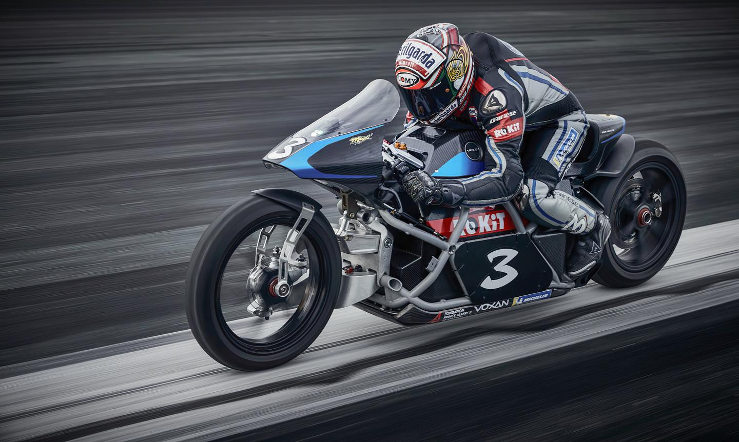Max Biaggi aboard the Voxan Wattman in its non-streamlined form – the team claimed 11 world speed records for electric motorcycles