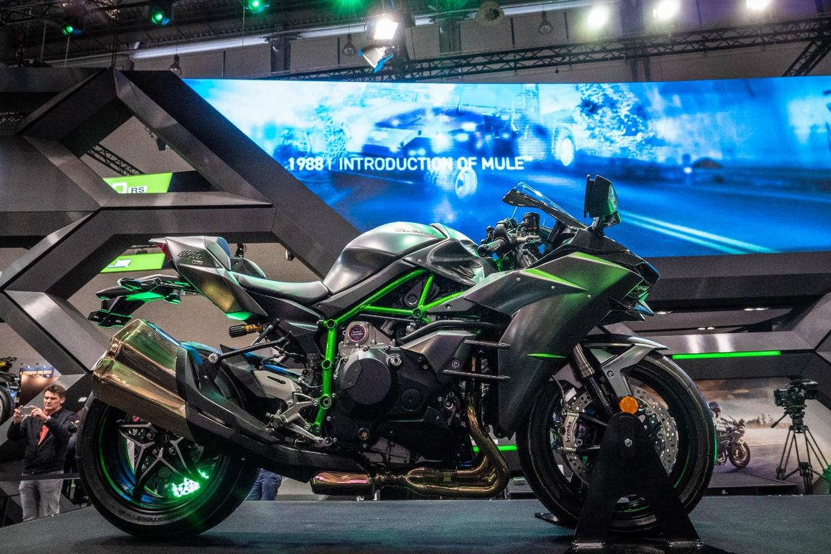 The 2019 Kawasaki Ninja H2 came to Intermot 2018 with 31 extra hp