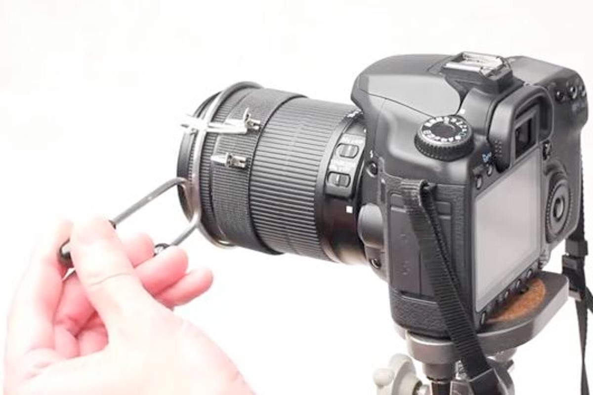 The DSLR Follow Focus is a simple, inexpensive device, designed to bring follow focus capabilities to film-makers on a budget (Photo: DSLR Solutions)