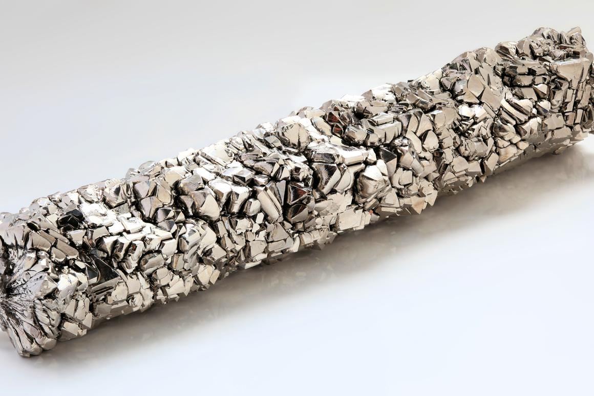 A high purity titanium bar (Photo: Heinrich Pniok)