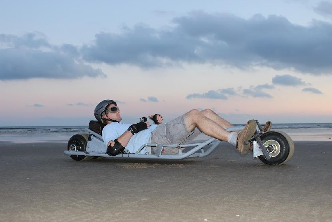 TheElectro-Luge 500S has go-kart wheels, a golf cart motor and an e-bike battery pack