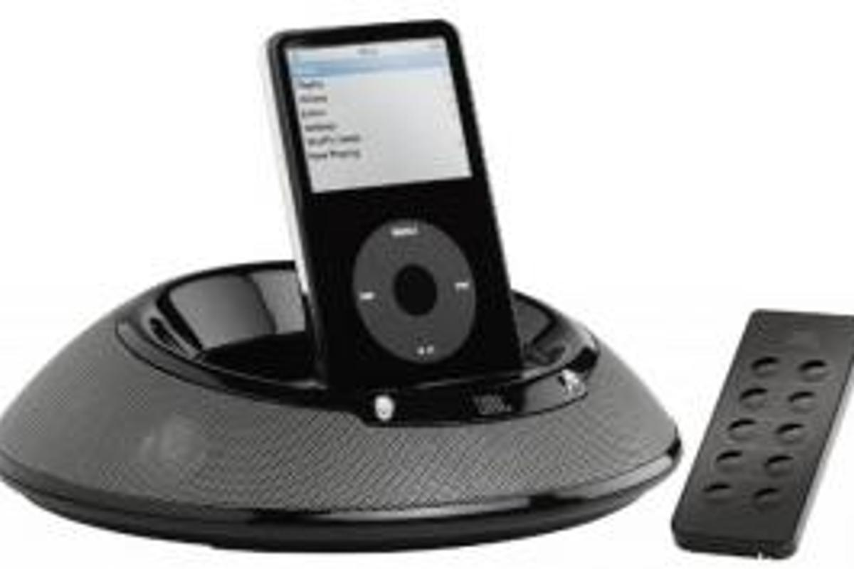 JBL's On Stage 3 iPod docking station - now fully portable and compatible with your iPhone.