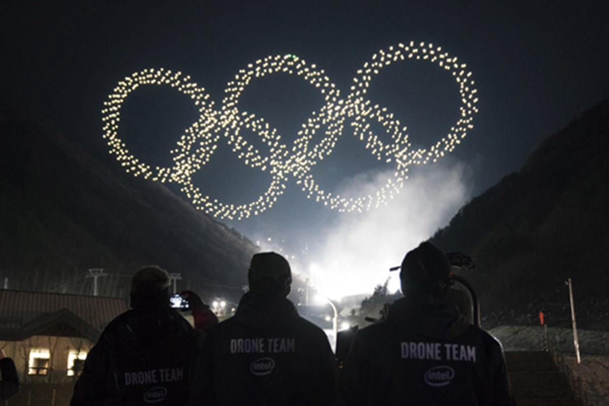 Intel's shooting star drones form the iconic Olympic rings