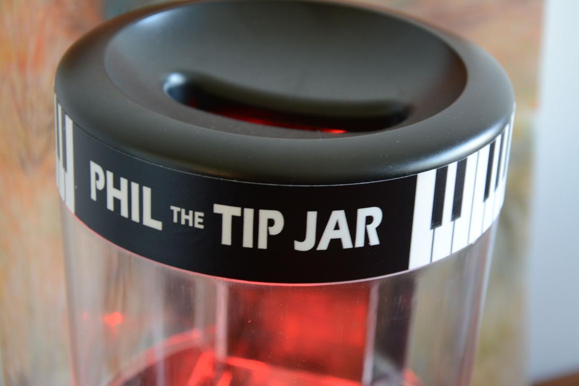 Review: Phil the Tip Jar, a card-dispensing tip jar for
