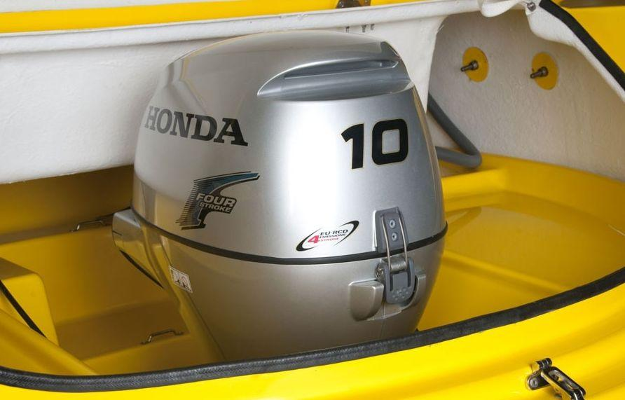 The outboard engine concealed within watercraft's body comes in one of four options: Honda 10HP, Mercury 9.9HP, Mariner 9.8HP and Tohatsu 9.8HP