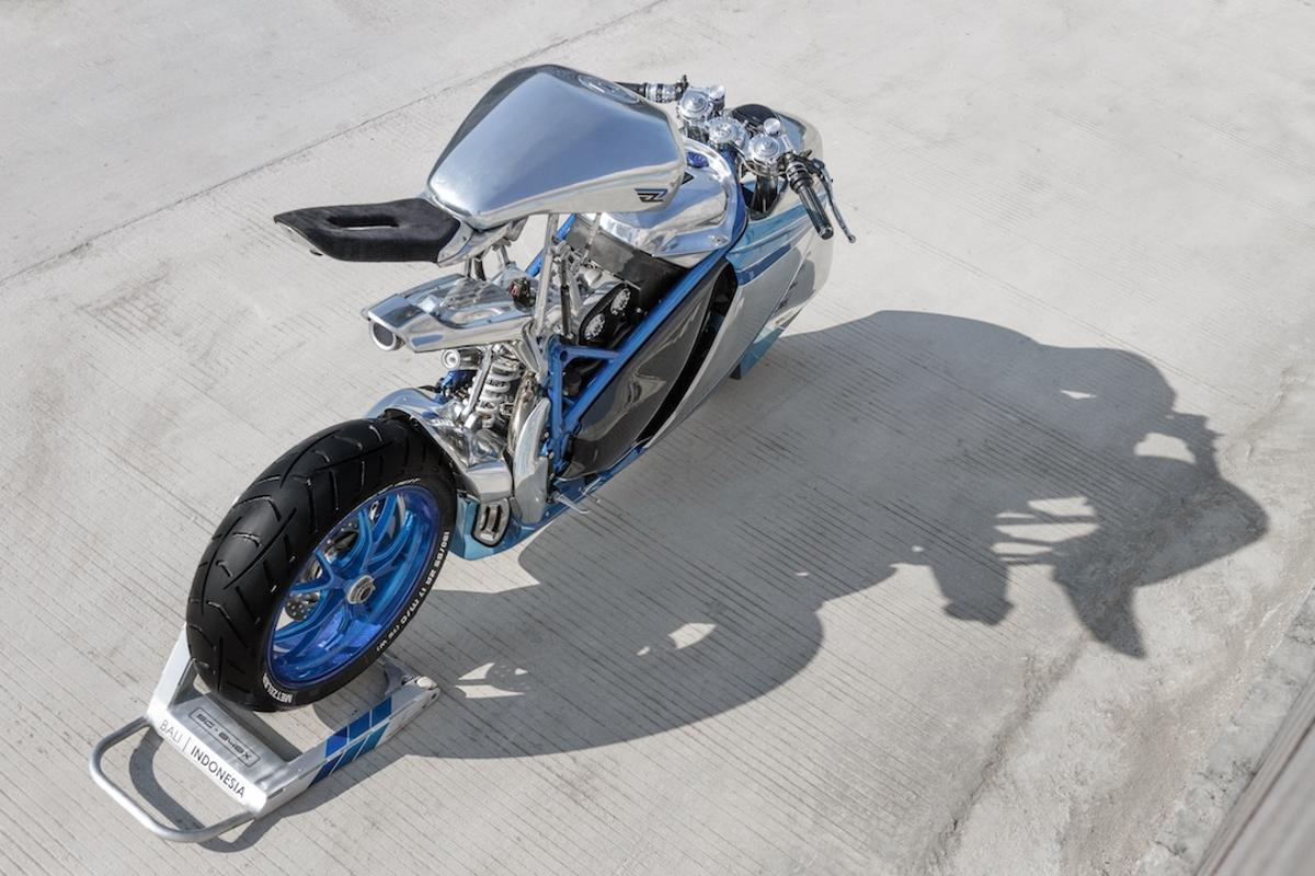 Smoked Garage Project XG-848X: we've never seen one quite like this before