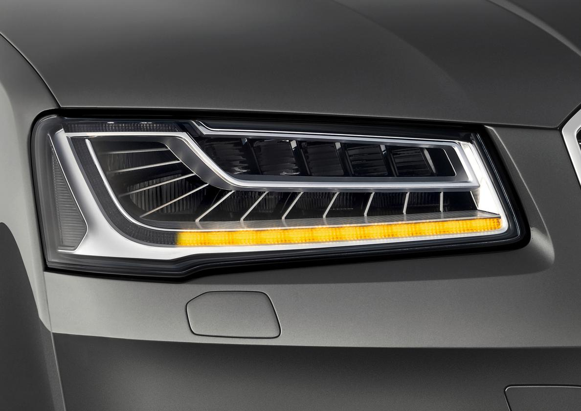 Audi is introducing dynamic turn signals on its new A8