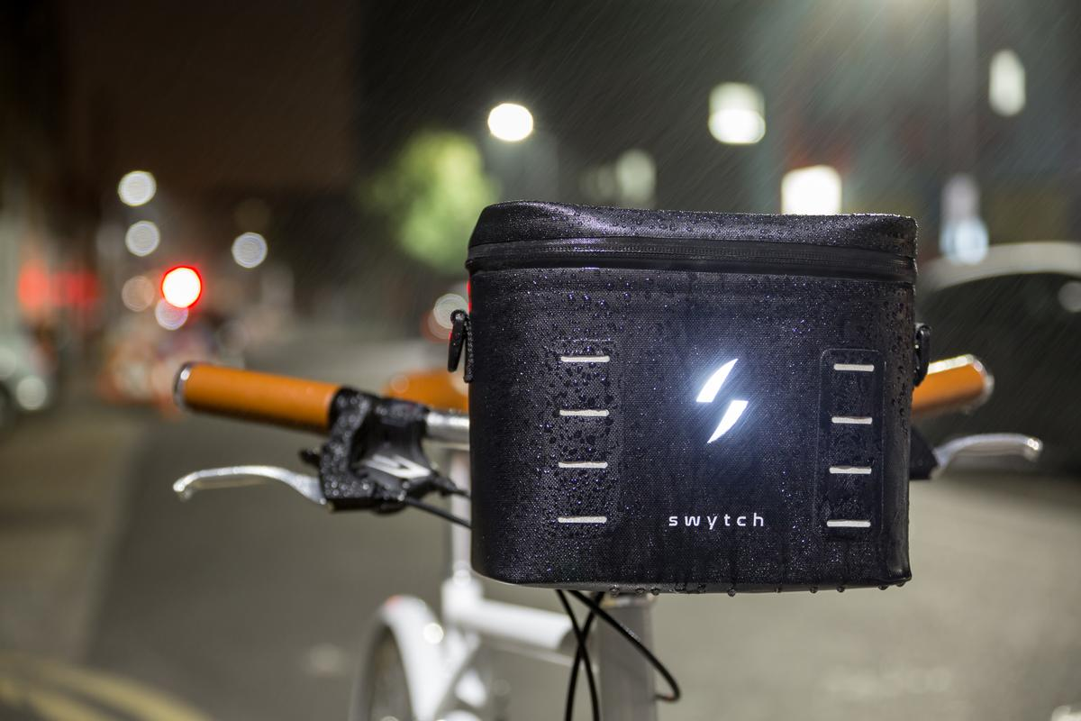 The Swytch power pack includes a 500-lumen headlight
