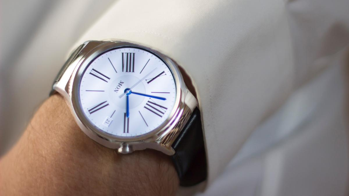 Gizmag reviews the Huawei Watch, a fashionable smartwatch that works with both Android phones and iPhones